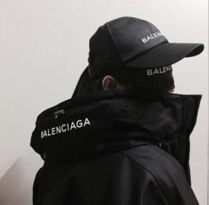 バレンシアガマスク